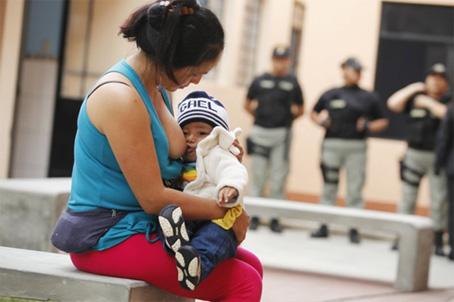 Στο Περού οι περισσότερες φυλακισμένες γυναίκες έχουν διαπράξει εγκλήματα σχετικά με την εμπορία ναρκωτικών