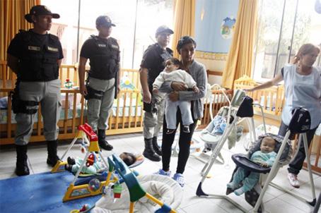 40 παιδιά φιλοξενούνται στις φυλακές της Λίμα, στο Περού.