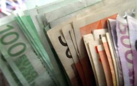 Το 43,4% του μισθού των Ελλήνων πάει σε φόρους και εισφορές
