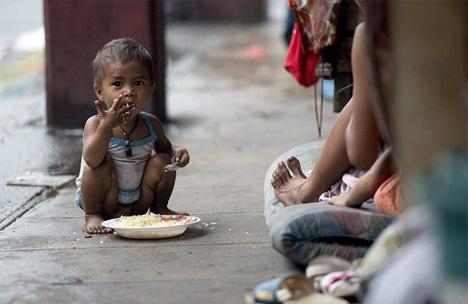 Πολλά παιδιά στην Ελλάδα ζουν στον δρόμο από την ηλικία των 5 χρονών