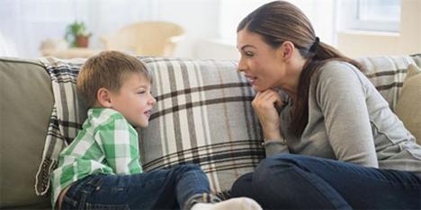 Μη μιλάτε απλώς στο παιδί σας, μιλήστε με το παιδί σας!