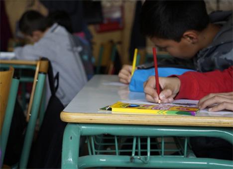 65 προσφυγόπουλα στο Λαύριο βρίσκονται εκτός σχολείου. Καμιά μέριμνα από το Υπ. Παιδείας και τη Δ/νση Αν. Αττικής – καμιά τάξη υποδοχής στα σχολεία του Λαυρίου