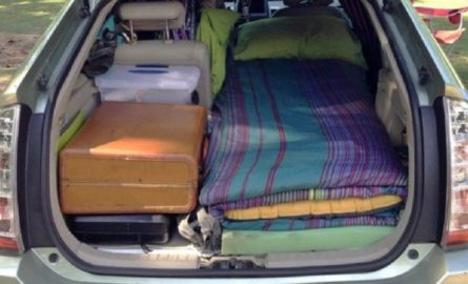 Καθηγήτρια στη Χίο δεν μπορεί να βρει σπίτι και επί 5 μέρες κοιμάται στο αυτοκίνητο