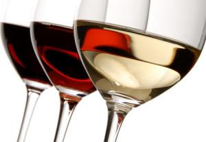 Περίπου το 5% των νέων περιστατικών καρκίνου κάθε χρόνο παγκοσμίως σχετίζονται άμεσα με την κατανάλωση αλκοόλ, σύμφωνα με την Αμερικανική Εταιρεία Κλινικής Ογκολογίας