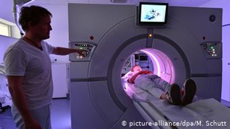 Οι ειδικοί προτείνουν να διατηρηθούν λίγα αλλά υπερσύγχρονα νοσοκομεία
